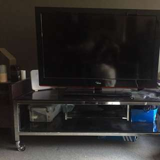 Vivo Tv And Tv Cabinet