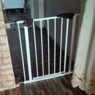 Baby Safety Gate Include postage SM