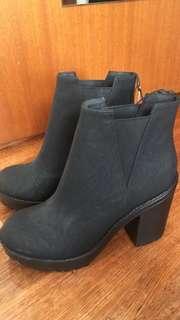 Hm black booties
