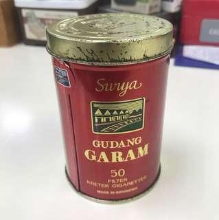 Tin kretek cigarettes Surya GUDANG GARAM ori