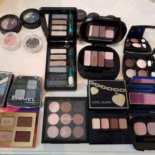 Small palettes and eyeshadpw duos