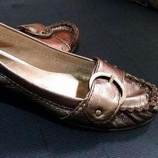 Authentic nine west flat shoes