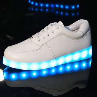 LED Sneakers (white)