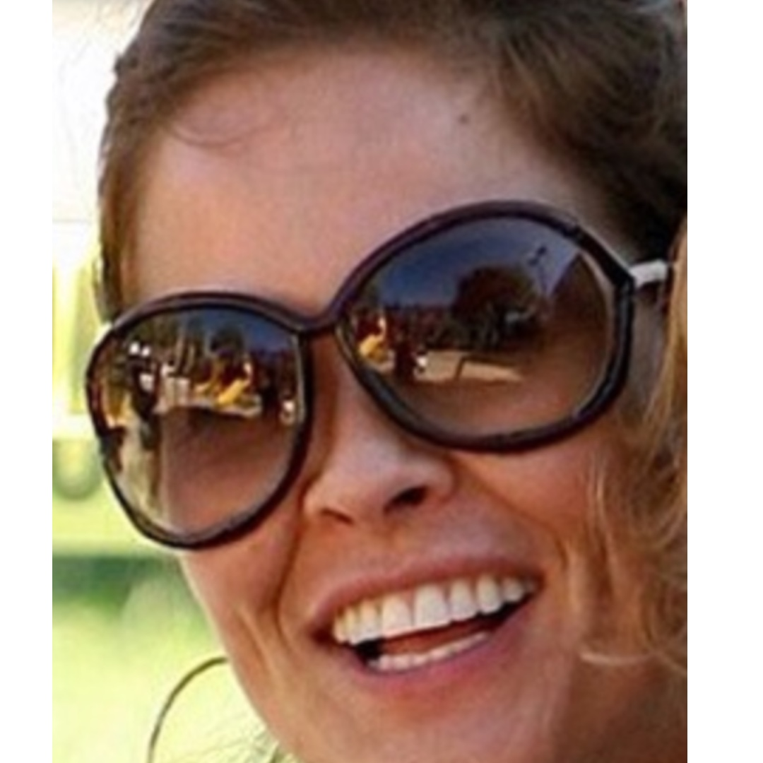 b33aa2ca41e  139 only for today Authentic tom ford claudia sunglasses