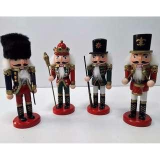 20cm 4pcs. Set Christmas Wooden Nutcracker Soldiers