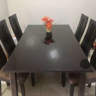 6-seater Dining Set