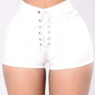 BNWT: Fashion Nova White Lace Up Shorts, Size M