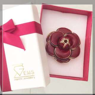 Camilla maroon red brooch