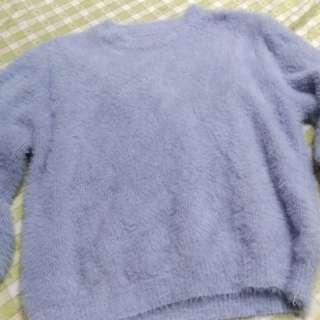 灰藍色毛海圓領針織衫