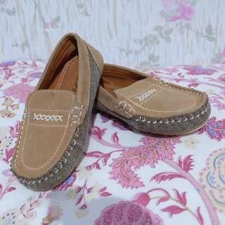 Sepatu bayi local brand