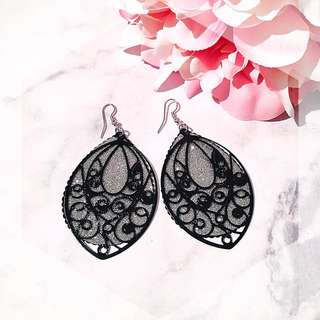 Black glittery leaf dangle earring