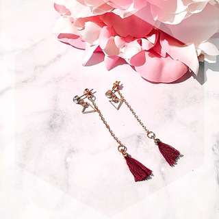 Red tassel dangle drop earrig