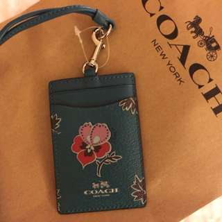 Brandnew and authentic Coach ID holder / ID lanyard