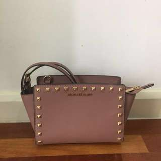 Mk Micheal Kors Selma Messenger authentic with gold studs pre loved