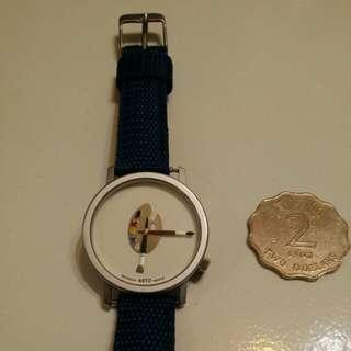 AKTO 藝術油彩筆腕錶,錶面多種色彩,配襯任何顏色衣服也合適👍,非常亮麗。