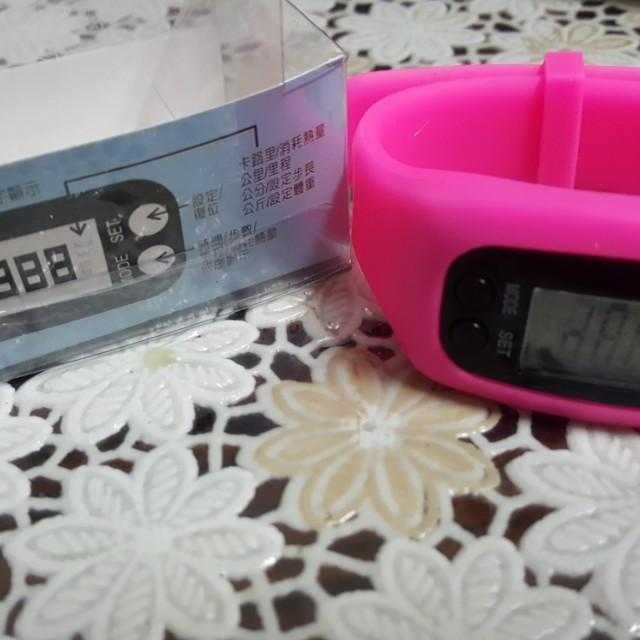 (全新)腕錶型多功能計步器