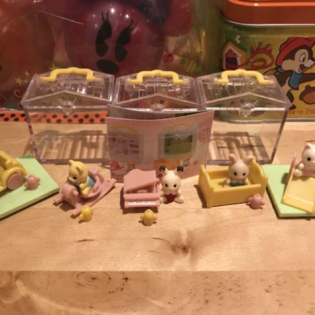 全新  日本森林家族縮小版扭蛋玩具