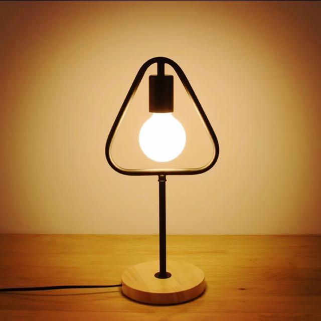北歐 現代簡約 創意檯燈 床頭燈 小夜燈 LED