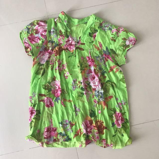 Baju floral wanita