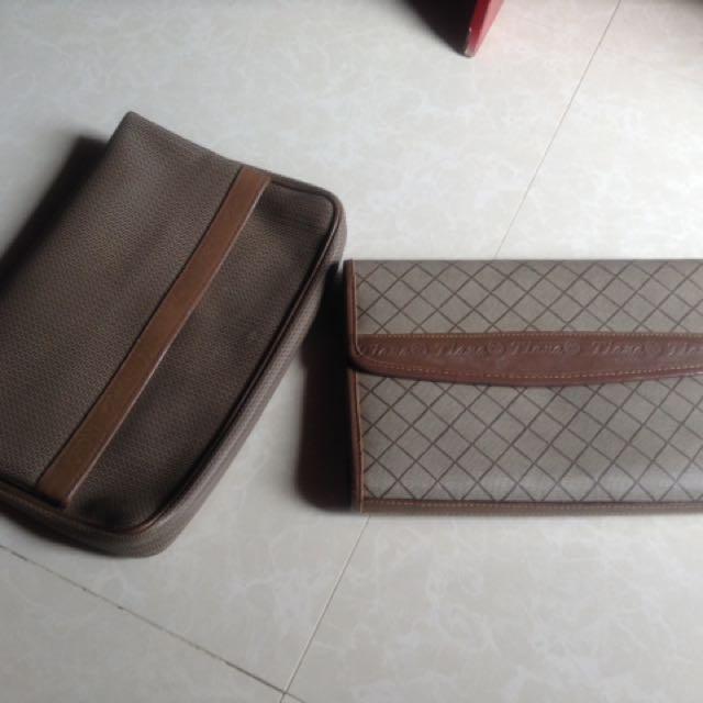 Brown clutch bag ( 100 each )