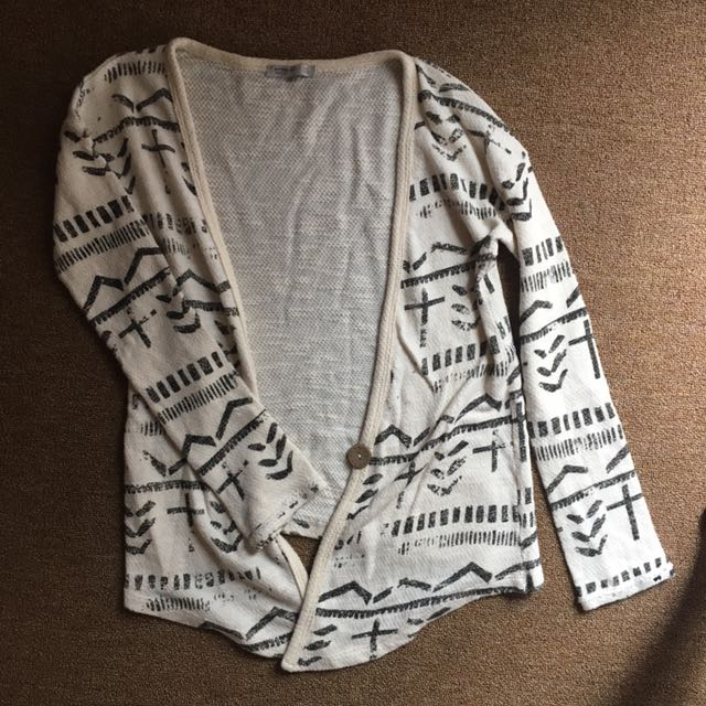 Cardigan tribal suite de blanc