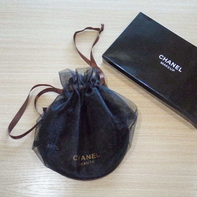 Chanel Mesh Makeup Pouch black with box original VIP cosmetic gift