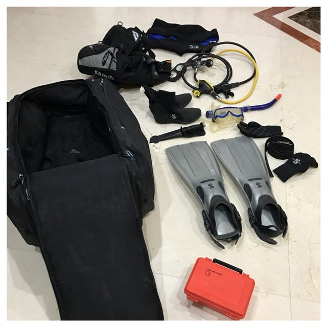 Diving bag with all the gear