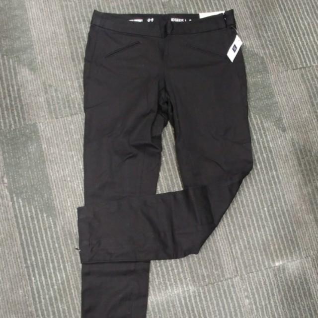 GAP celana panjang