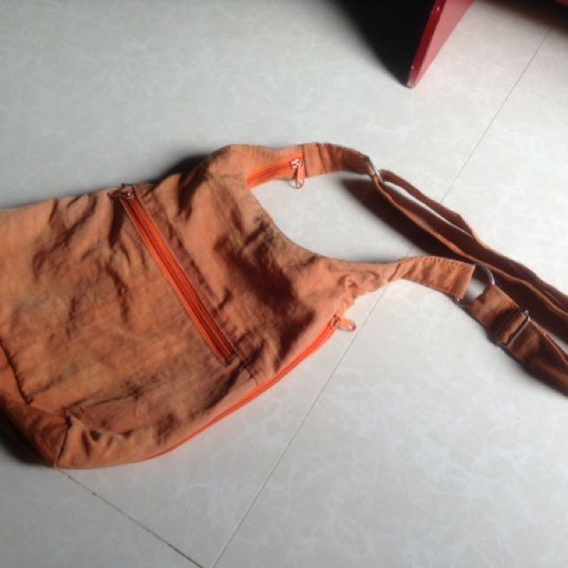 Glimpse orange body bag