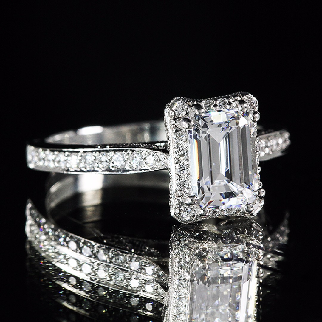 Firesale Gorgeous Platinum Tacori Engagement Ring 1 20 Carat F Vvs2 Emerald Cut Diamond With Gia Cert Women S Fashion Jewellery On Carousell