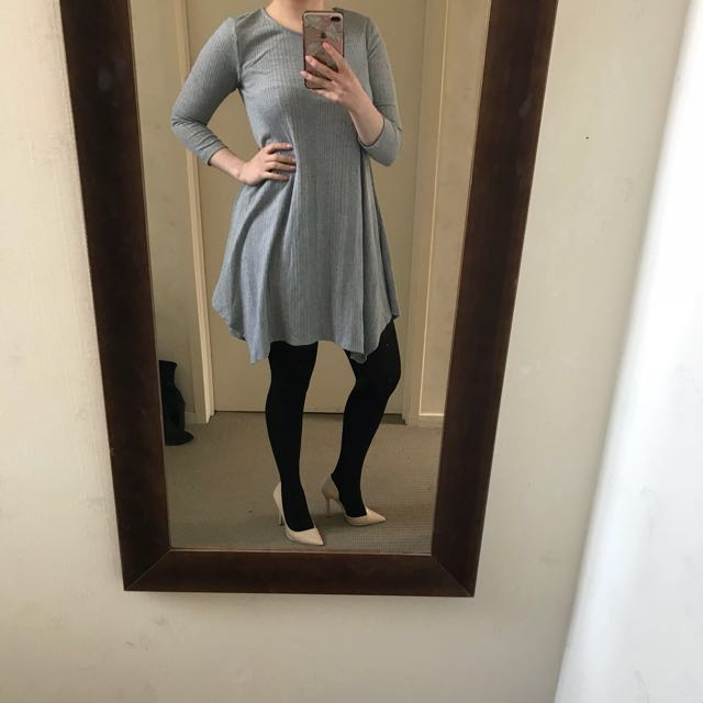 Grey Lippy dress