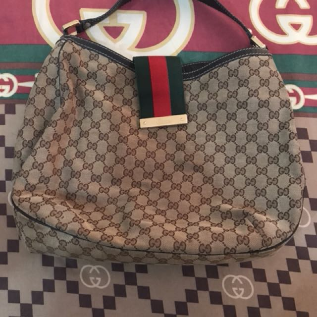 Gucci shoulder bag (authentic)