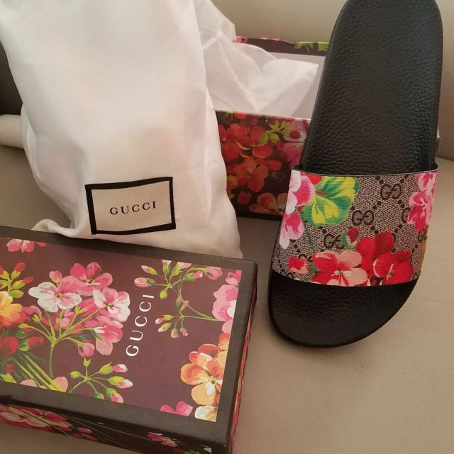 b63ac52eb1a Gucci Slides With Box And Dust Bag Women S Fashion Shoes On Carousell · Gucci  Bloom Slides