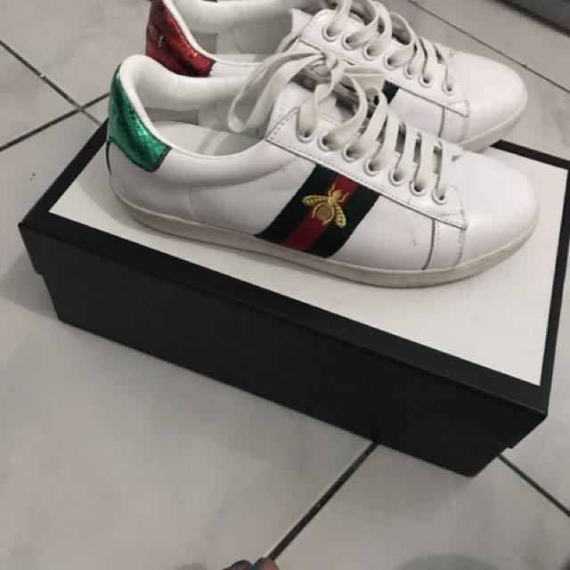 98d07625837 Replica Gucci Unisex Rhyton Logo Leather Sneaker 500878 Cream 1521