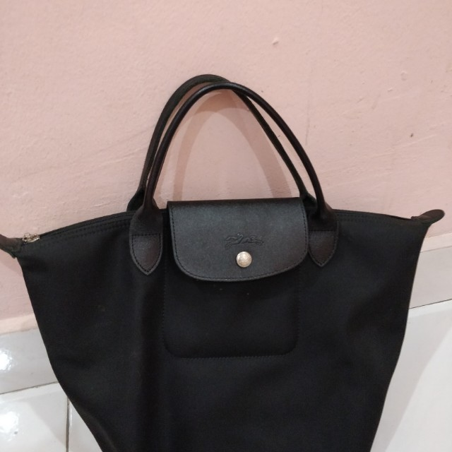 bec1ccf6fb Longchamp Planetes Black short handle, Women's Fashion, Bags & Wallets on  Carousell