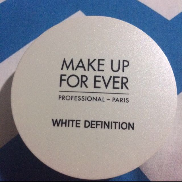 Makeup forever white definition powder