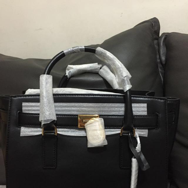 MK 真皮手提包