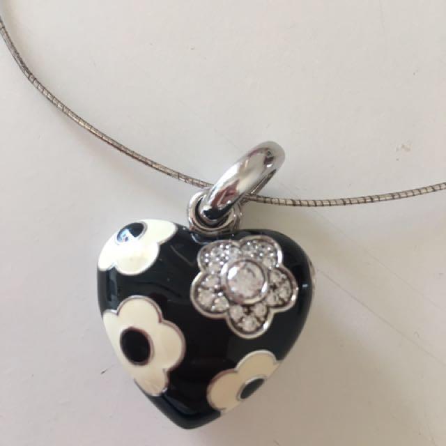 Najo pendant necklace RRP $120