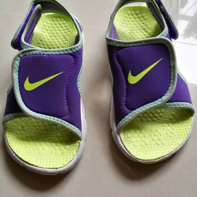 Nike sandal for kids