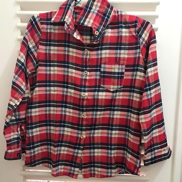 No Brand - red shirt