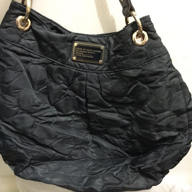 Reprice 1jt - Marc By Marc Jacobs Hobo Bag Dark Grey