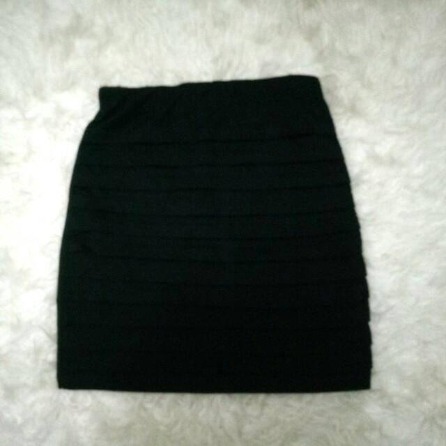 Span Hitam / Black Skirt