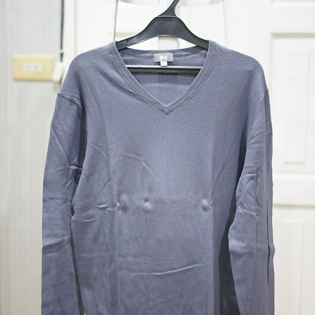 Sweater Uniqlo Semi Cashmere