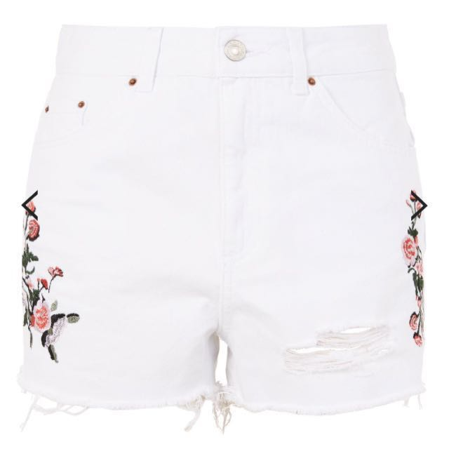 Topshop MOTO Embroidered Ripped Mom Shorts