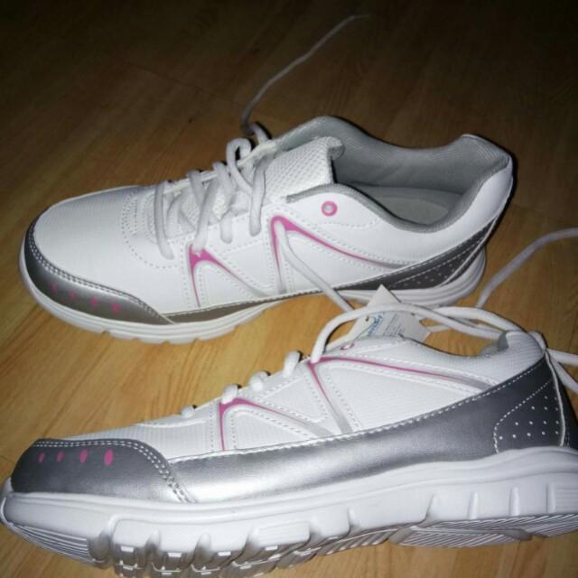 Women s Size Shoes on Fashion 9 from White Rubber Walmart Shoes wxqT1TBAR 6fe724060