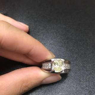 Diamond 1.99 cts ring white gold
