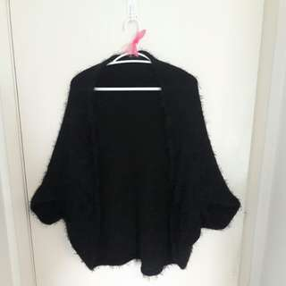 Size M fluffy cardigan