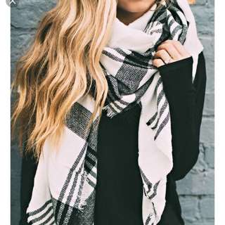 A beautiful long and cozy scarf perfect for the fall weather