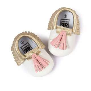 Baby moccasins, baby shoes