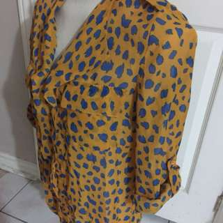 Forever21 M- chiffon top